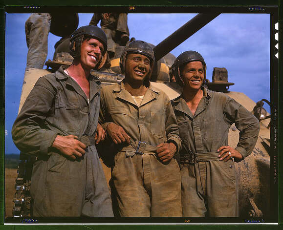 M-4 tank crews of the United States, Ft. Knox, Ky. June 1942. (LOC) Photo: Library Of Congress 1940s Color Photo Collection / No known restrictions on publication
