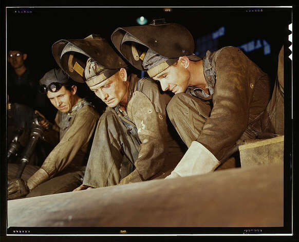 Welders making boilers for a ship, Combustion Engineering Co., Chattanooga, Tenn. June 1942. (LOC) Photo: Library Of Congress 1940s Color Photo Collection / No known restrictions on publication
