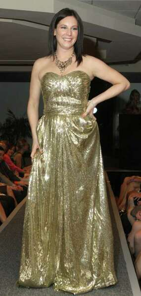 Celebrity model Carolyn Purnomo dazzled on the runway during Rock the Runway for Health, a benefit f