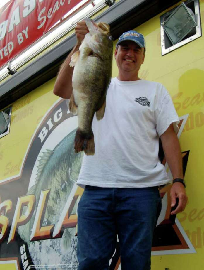 Lynn Allen of Nacogdoches, TX leads Day 1 of the McDonalds Big Bass Splash on Toledo Bend  May 20, 2011 Photo by Lakecaster Managing Editor Patty Lenderman