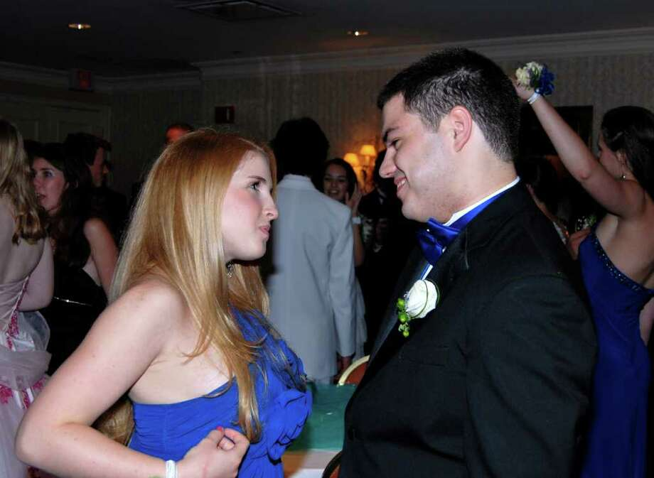 Blair Cutler and Jack Bennett at the NCHS Senior Prom. Photo: Jeanna Petersen Shepard / New Canaan News