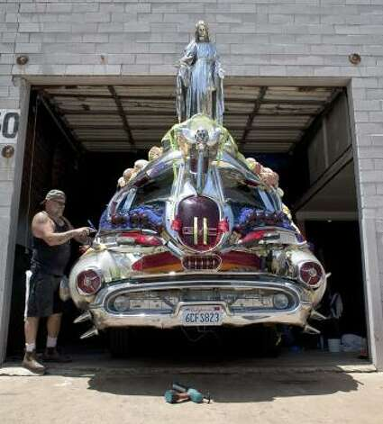 "'""DC-39"" is a sculpture on wheels.. Photo: Nick De La Torre/Chronicle"