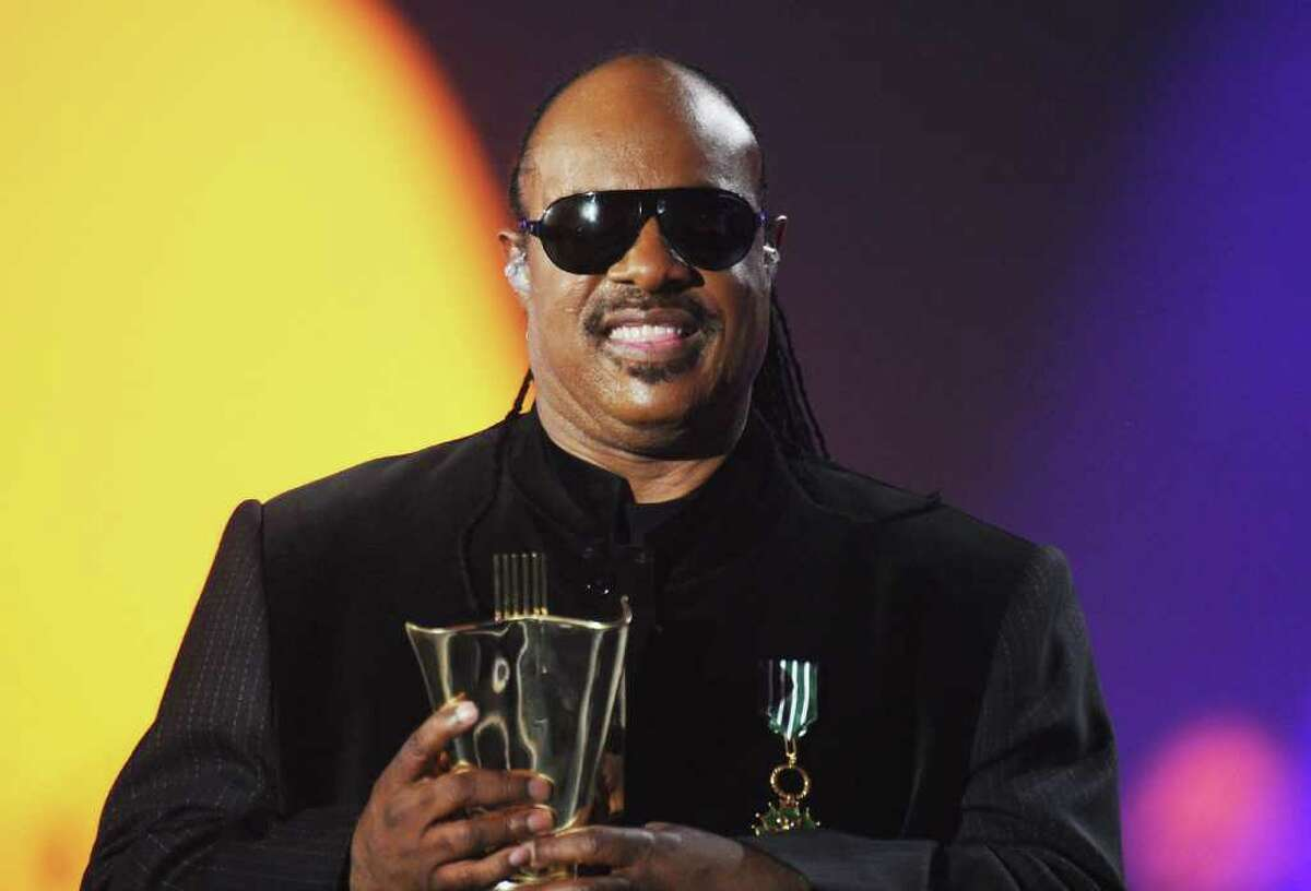 PARIS - MARCH 06: US singer Stevie Wonder performs on stage during the 25th Victoires de la Musique yearly French music awards ceremony at Zenith de Paris on March 6, 2010 in Paris, France. (Photo by Francois Durand/Getty Images) *** Local Caption *** Stevie Wonder
