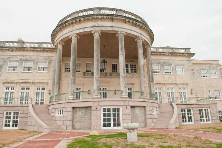 Preserved in Time will have a Casino Night fundraiser June 11 at the Houston Yacht Club, 3620 Miramar Drive, La Porte. The nonprofit hopes to purchase and restore the Ross Sterling Mansion in Morgan's Point, pictured here, which is listed on the National Registry of Historic Places. Photo: Kim Christensen, ALL