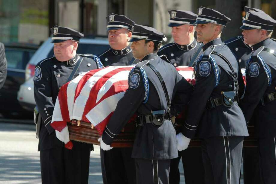 Memorial service Wednesday, May 25, 2011, on Greenwich Avenue for former Greenwich Police Chief William C. Andersen, who died Saturday from complications of heart surgery at Yale-New Haven Hospital. Andersen, who was 67, served as chief from 1986 to 1990. Photo: John Ferris Robben / Greenwich Time