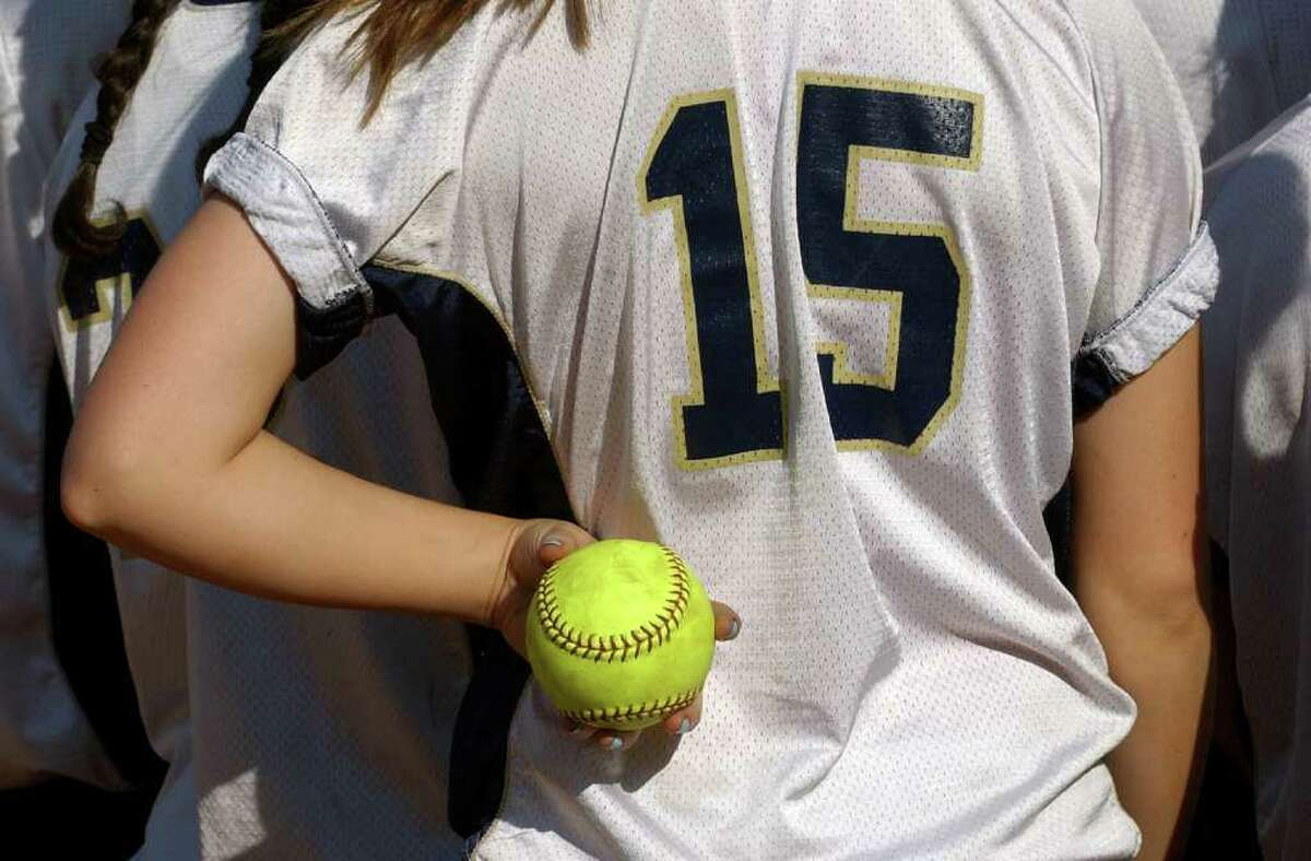 Highlights from SWC girls softball quarterfinal action between Lauralton Hall and Bethel in Milford, Conn. on Wednesday May 25, 2011.