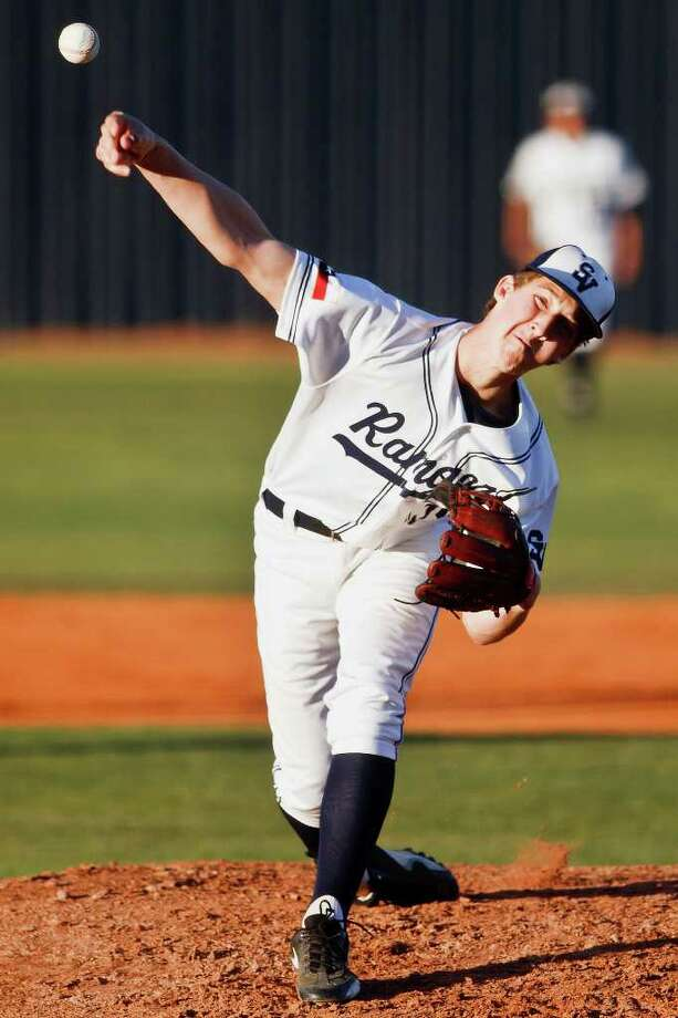 Elijah Richard, 9-2 with a 2.12 ERA as Smithson Valley's No. 2 starter, was back less than a year after surgery. Photo: Marvin Pfeiffer/PrimeTime Newspapers / Prime Time Newspapers 2011