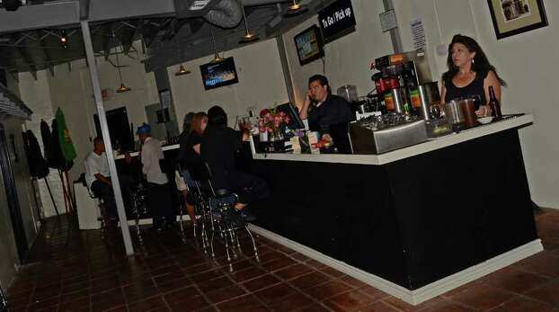 Deco Pizzeria is located at 1815 Fredricksburg Road. ROBIN JOHNSON / SPECIAL TO THE EXPRESS-NEWS