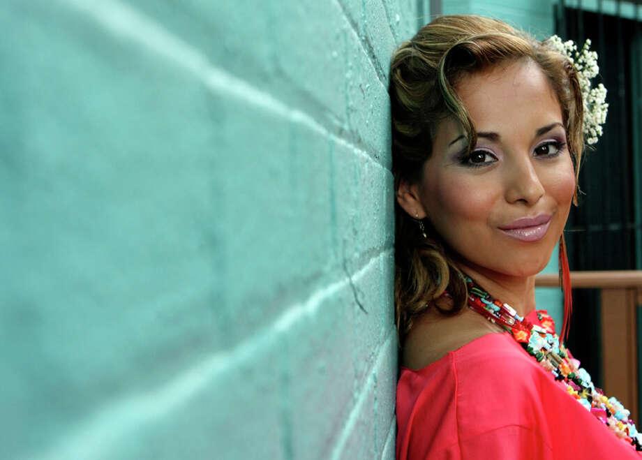 Hottest Latina 2011 Contest winner Luzelena Ortiz-Lopez Photo: HELEN L. MONTOYA, HELEN L. MONTOYA/hmontoya@conexionsa.com / SAN ANTONIO EXPRESS-NEWS