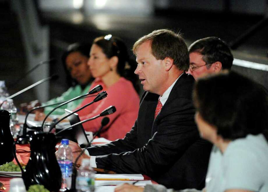 Greenwich Board of Education Chairman Steve Anderson speaks during Board of Education meeting at Greenwich High School, Thursday night May 26, 2011, the first since Greenwich Schools Superintendent Sidney Freund announced he was resigning last week. Photo: Bob Luckey / Greenwich Time