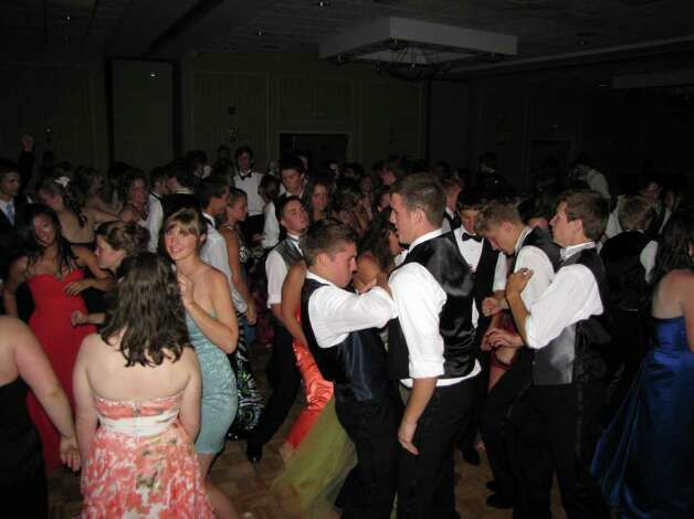Were you seen at the Shepaug Valley High School Prom at the Crowne Plaza in Southbury, CT on Saturday, May 28, 2011? Photo: Vincent Rodriguez / The News-Times