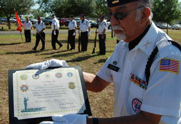 Navy Funeral Honors Uniform http://www.mysanantonio.com/news/military ...
