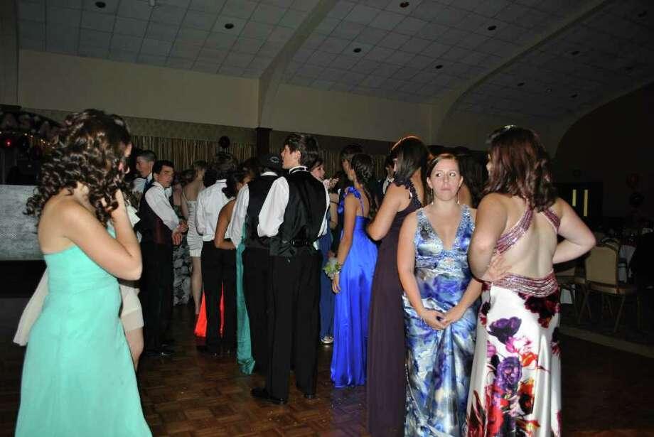 Norwalk Junior High Prom at the Italian Center in Stamford on May 27, 2011. Photo: Lauren Stevens/Hearst Connecticut Media Group