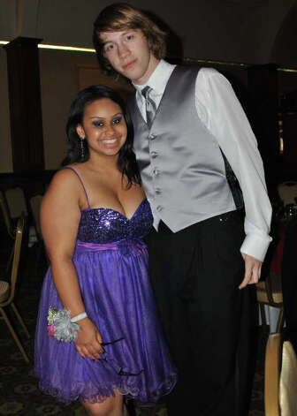 Norwalk Junior High Prom at the Italian Center in Stamford on May 27, 2011. Photo: Lauren Stevens/Hearst Connecticu / Stamford Advocate