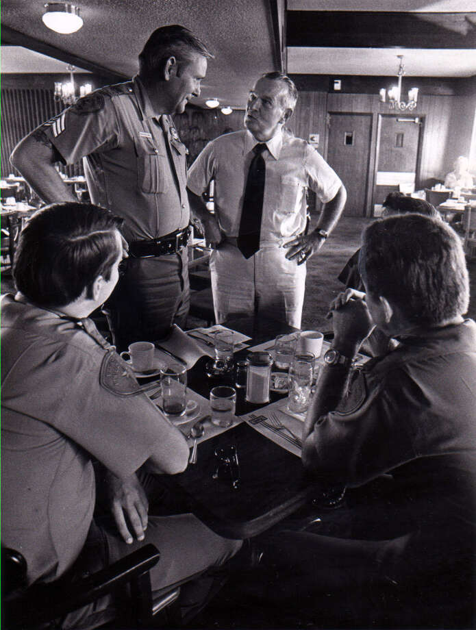 Gubernatorial candidate Bill Clements talks to Department of Public Safety officers in Victoria on Aug. 26, 1978. Photo: Kurt Wallacs/Dallas Morning News File Photo