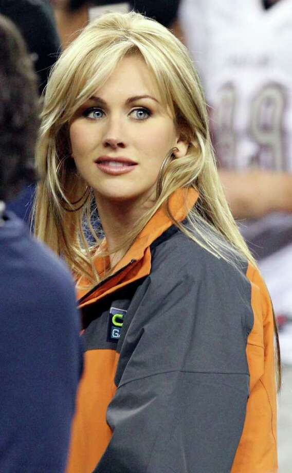 FOR SPORTS - Photo of Tony Romo's fiancée Candice Crawford after the Pearland Oilers and Euless Trinity Trojans Class 5A Division I state final game Saturday Dec. 18, 2010 at Cowboys Stadium in Arlington, Tx. Pearland won 28-24.  (PHOTO BY EDWARD A. ORNELAS/eaornelas@express-news.net) Photo: EDWARD A. ORNELAS, SAN ANTONIO EXPRESS-NEWS / eaornelas@express-news.net