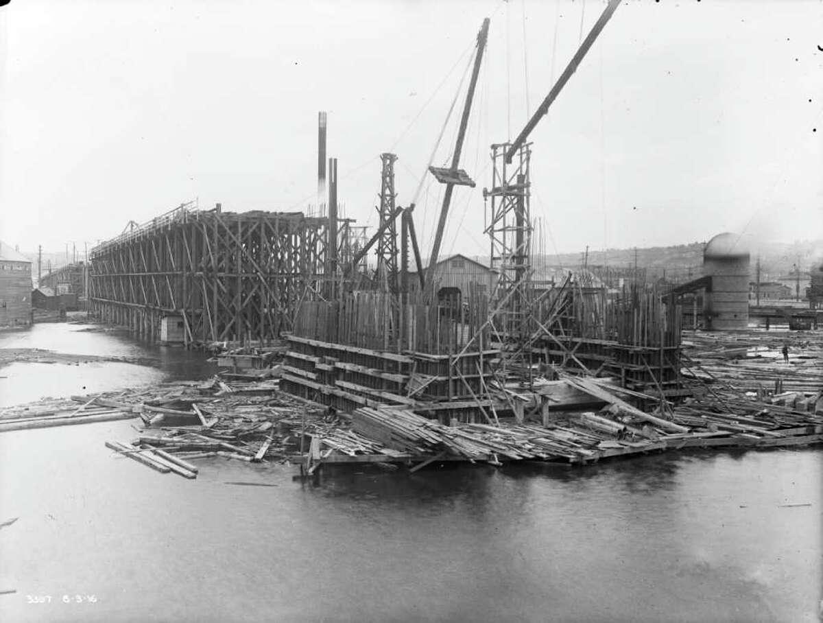 Aug. 1916.