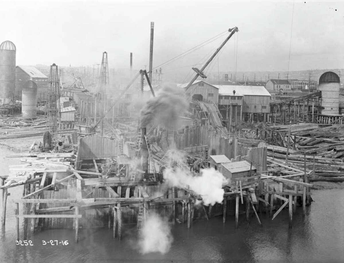 May 1916.