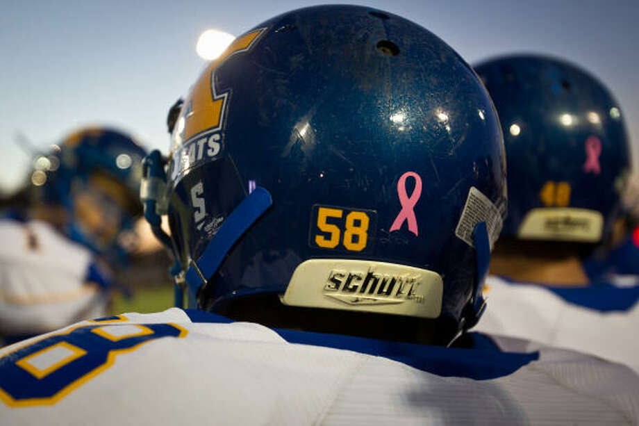 The app can be used to e-mail concussion data directly to a physician. Photo: Smiley N. Pool, Chronicle