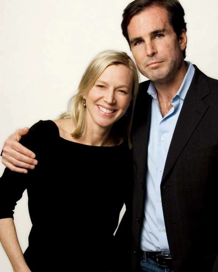 Bestselling author Lee Woodruff, left, wife of ABC News journalist Bob Woodruff, right, will be in Darien June 6 to speak at the Center for Hope's third annual luncheon. The event raises funds for bereavement and critical illness support services for people in lower Fairfield County. Photo: Contributed Photo / Stamford Advocate Contributed