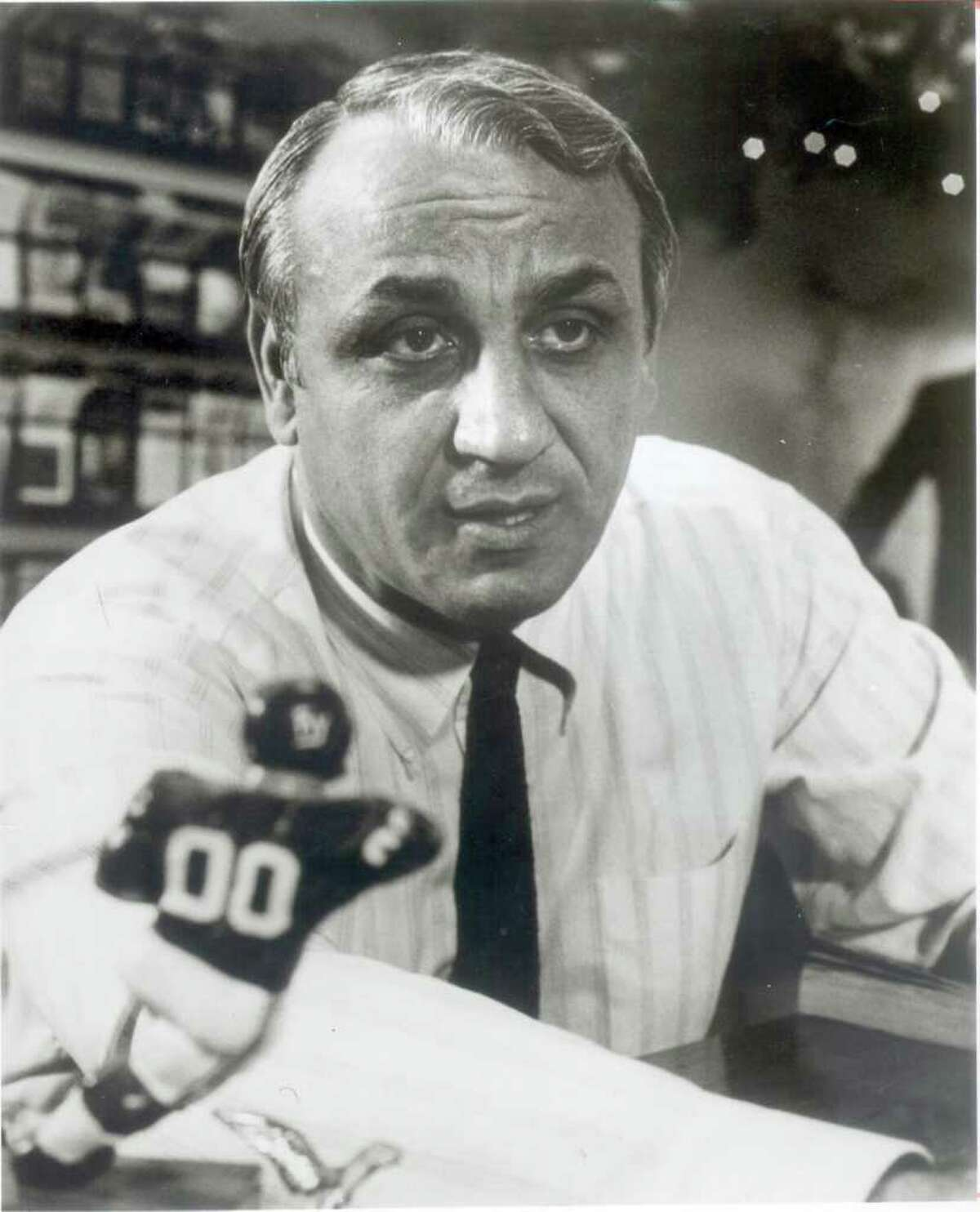 Andy Robustelli, an NFL Hall of Famer and Stamford resident, died Tuesday, May 31, 2011 at 85.