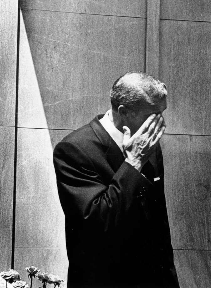 DiMaggio wipes a tear from his eye at Monroe's funeral on August 8, 1962 in Westwood Memorial Park, Hollywood. Photo: Keystone, Getty Images / Hulton Archive