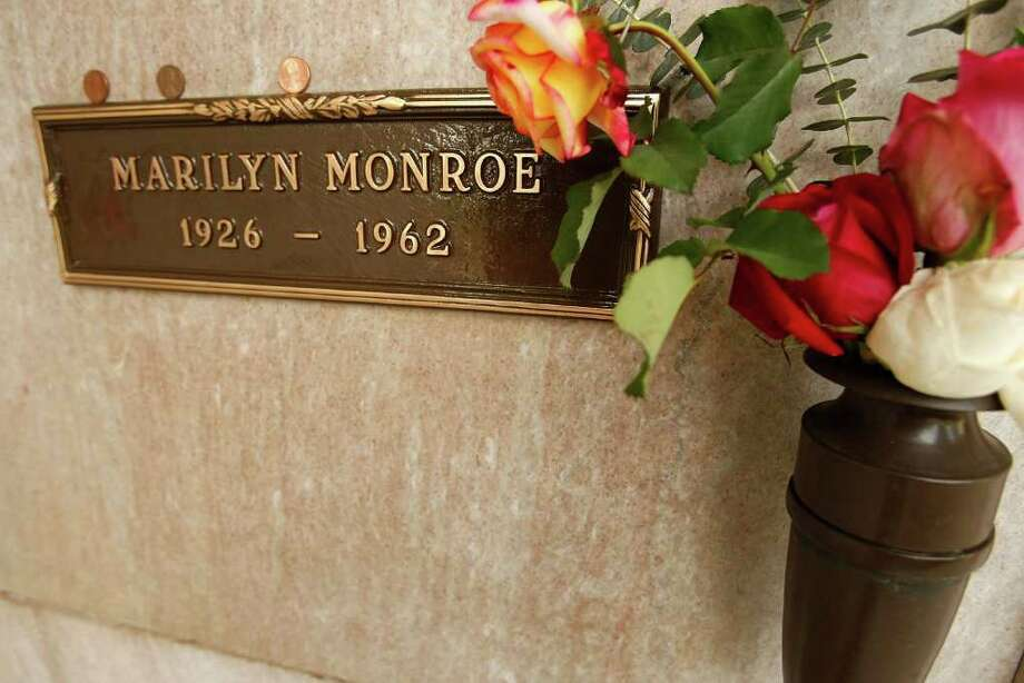 Monroe's crypt at Westwood Village Memorial Park cemetery is seen on August 18, 2009 in Westwood Village, Calif. Photo: Michael Buckner, Getty Images / 2009 Getty Images