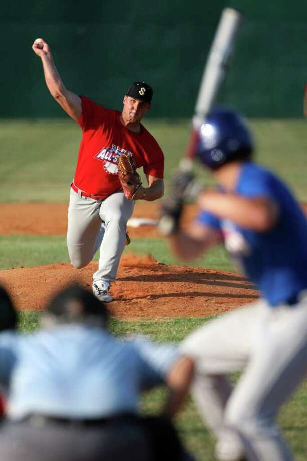 East pitcher Brig Gerlich throws during the first inning of the Valley-Hi Optimist All-Star  Game on Tuesday, May 31, 2011, at the Tejeda Sports Complex. Gerlich pitched one strikeout in three innings at the position. Photo: Andrew Buckley/Express-News / abuckley@express-news.net