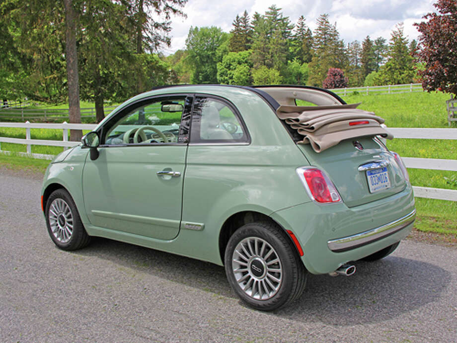 2012 Fiat 500 Cabrio (photos by Dan Lyons) Photo: Dan Lyons / Copyright: Dan Lyons 2011 www.LyonsOnWheels.com