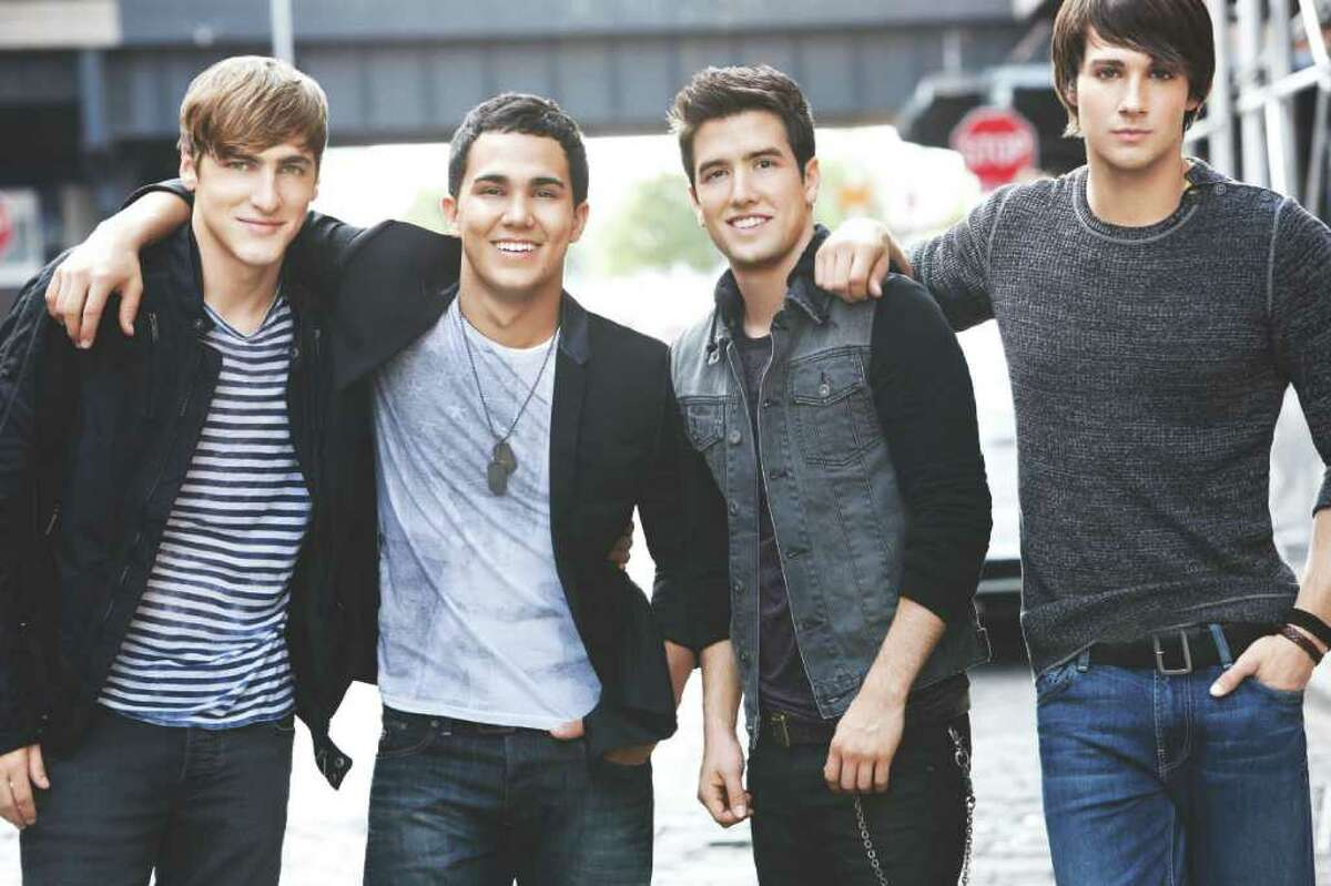 L-R Kendall Schmidt, Carlos Pena, Logan Henderson and James Maslow of Nickelodeon's Big Time Rush Photo credit:Ben Watts/Nickelodeon (c)2010 Viacom International, Inc. All Rights Reserved