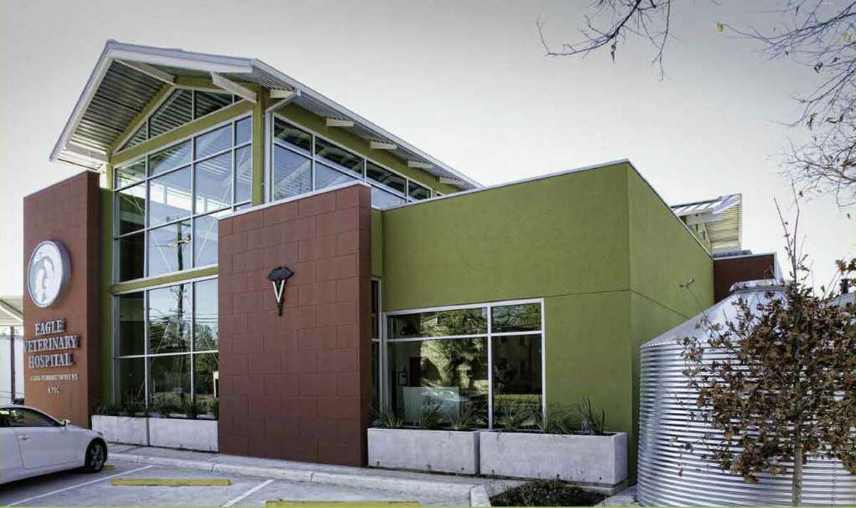Eagle Veterinary Clinic won the award for Commercial Construction during the annual Build San Antonio Green.