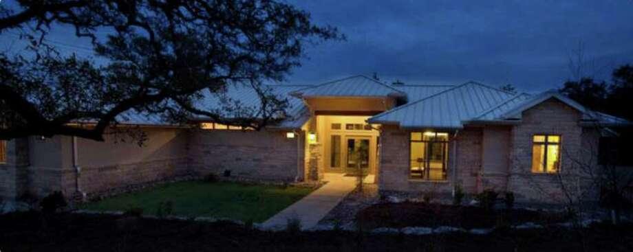 BuiltSmart Resources won a Bill Sinkin Solar Award for its net-zero BuiltSmart Resource Center. Photo: Courtesy Of Build San Antonio Gr