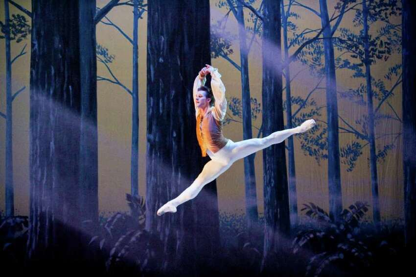 New York City Ballet principal dancer Daniel Ulbricht takes center stage as the Ballet School of Stamford holds a full dress rehearsal of