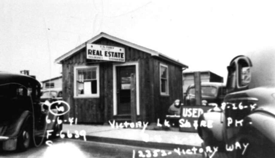 This photo, taken by an assessor, is part of the state archives. This photo includes the date, and other marks indicate the property description. Photo: Puget Sound Regional Branch Of The Washington State Archives