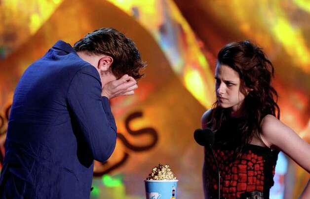 Movie.Awards.2009), мне муж