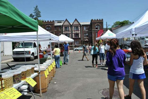 The French Market is on Spring St in Stamford every Saturday from June to October. Photo: Lauren Stevens/Hearst Connecticut Media Group
