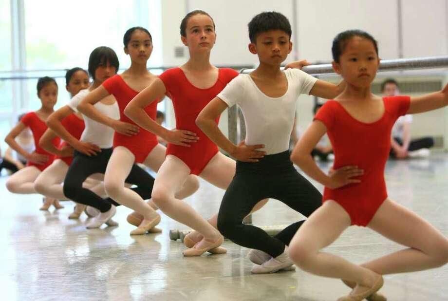 Students perform during Pacific Northwest Ballet's 17th annual DanceChance observation day. Photo: JOSHUA TRUJILLO / SEATTLEPI.COM