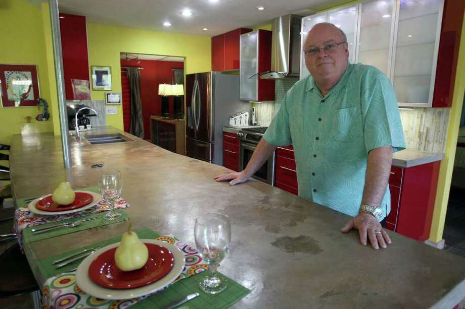 Use concrete for countertops or floors. Photo: JOHN DAVENPORT, SAN ANTONIO EXPRESS-NEWS / SAN ANTONIO EXPRESS-NEWS (Photo can be sold to the public)