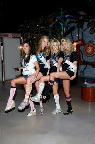 Micaela Johnson, Miss Nebraska USA 2008; Michelle Gillespie, Miss Kansas USA 2008; Candice Crawford, Miss Missouri USA 2008; 