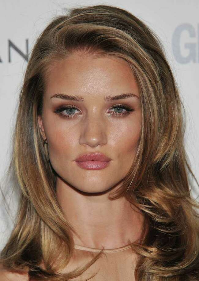 Rosie Huntington-Whiteley attends Glamour Women Of The Year Awards  at Berkeley Square Gardens in London, England. Photo: Stuart Wilson, Getty Images / 2011 Getty Images