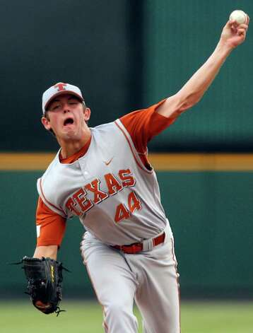 Texas' Austin Wood pitches against UC Irvine's on June 3, 2007, at Dell Diamond in Round Rock,. EDWARD A. ORNELAS/EXPRESS-NEWS Photo: EDWARD A. ORNELAS, Longhorns / SAN ANTONIO EXPRESS-NEWS