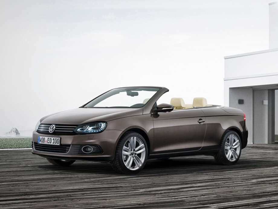 2012 Volkswagen Eos (photo courtesy of Volkswagen) / Volkswagen