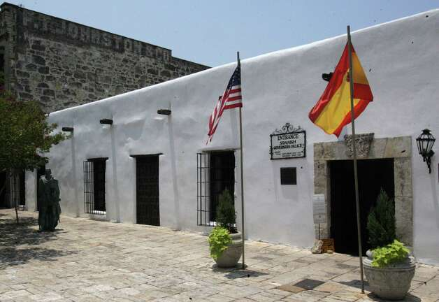 The Spanish Governor's Palace, built in 1749, is one of the oldest buildings on the Texas Star Trail. / SAN ANTONIO EXPRESS-NEWS