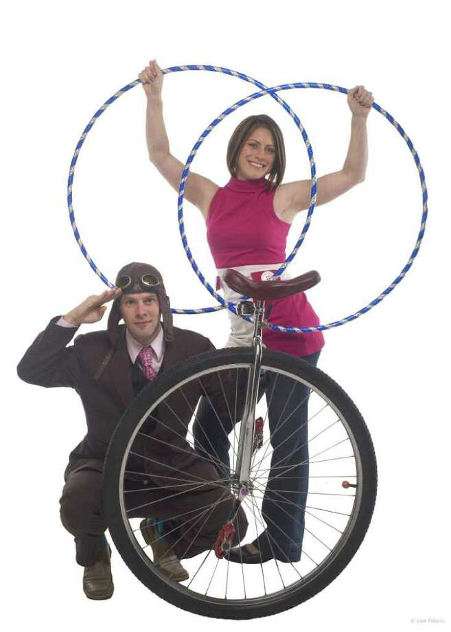 """Pictured is world champion Yo Yo duo John and Rebecca Higby, who are a part of """"Rob's Discount Vatriety Show"""" this coming Sunday at StageOne in downtown Fairfield. Photo: Contributed Photo / © Lisa Polucci Photography 2006"""