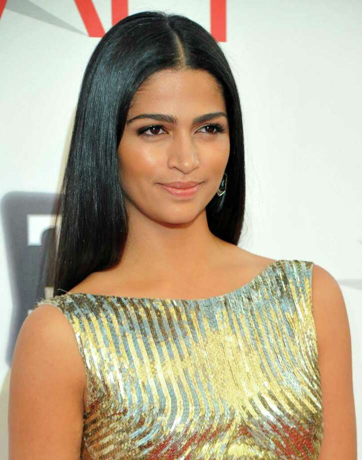 Model Camila Alves arrives. Photo: Alberto E. Rodriguez, Getty Images / 2011 Getty Images