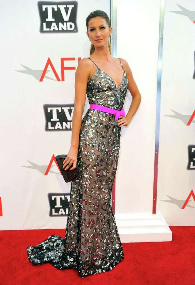 Model Gisele Bundchen arrives. Photo: Alberto E. Rodriguez, Getty Images / 2011 Getty Images