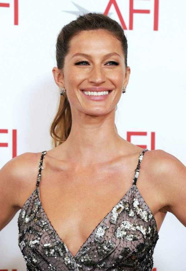 Model Gisele Bundchen arrives. Photo: Frazer Harrison, Getty Images For AFI / 2011 Getty Images