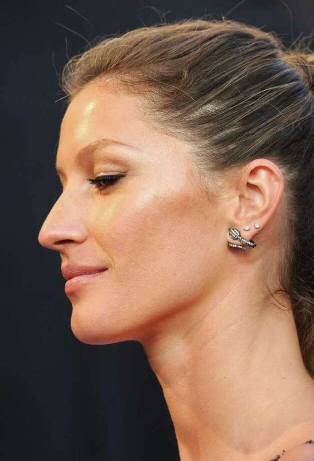 Model Gisele Bundchen poses. Photo: Frazer Harrison, Getty Images For AFI / 2011 Getty Images