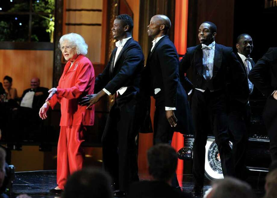 Actress Betty White performs onstage. Photo: Frazer Harrison, Getty Images For AFI / 2011 Getty Images