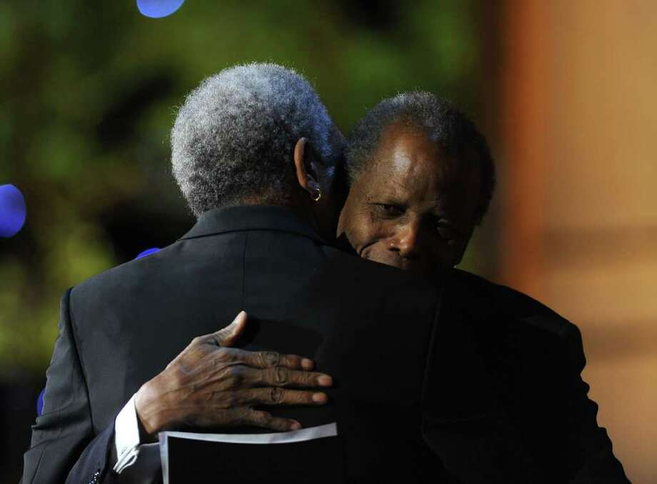 Morgan Freeman (L) and actor Sidney Poitier. Photo: Frazer Harrison, Getty Images For AFI / 2011 Getty Images